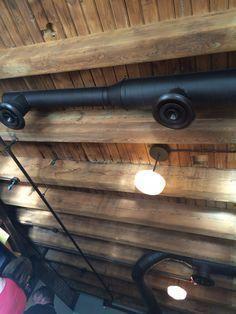 Plafond de sous-sol exposé (idées de plafonds de sous-sol) #exposés #basementceiling #ide ...
