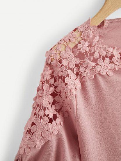 Plus Contrast Lace Knot Cuff Blouse